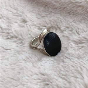 Jewelry - Black Obsidian & Hammered Silver Ring